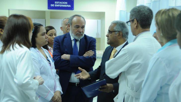 Ministro de Salud dice mortalidad materna ha bajado en Maternidad La Altagracia