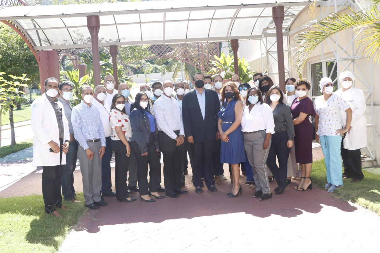 La Dirección de Centros Hospitalarios del Servicio Nacional de Salud, realiza taller con la participación de los 17 directores de hospitales pertenecientes a la Regional de Salud Cibao Central SRS C.C.